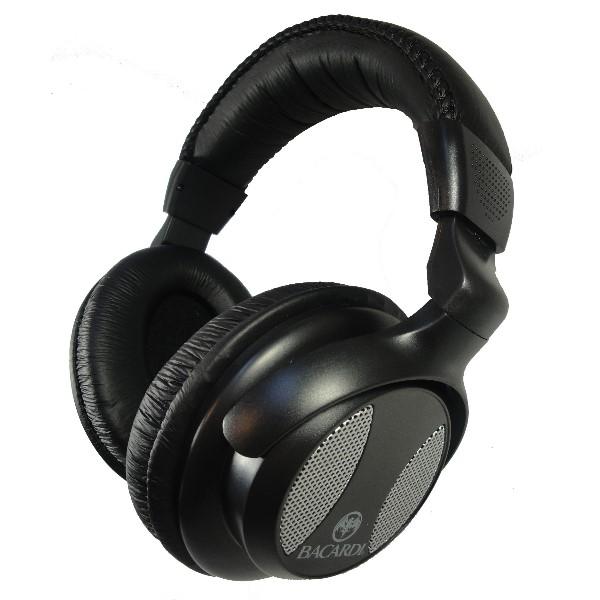 9 Ear phones (1)